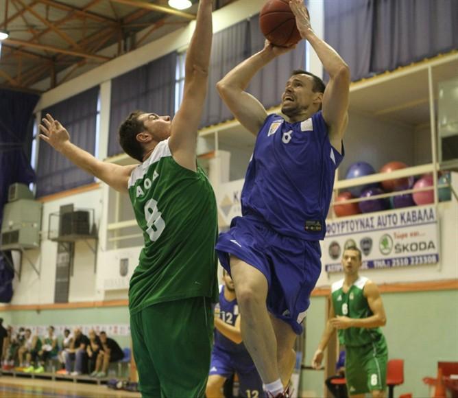 Παίζοντας μπάσκετ αξιώσεων και χωρίς να δυσκολευτεί ιδιαίτερα η Ένωση Καλαθοσφαίρισης ξεπέρασε με επιτυχία σήμερα Σάββατο (18/10) το εμπόδιο του Ερμή Λαγκαδά (79-62)
