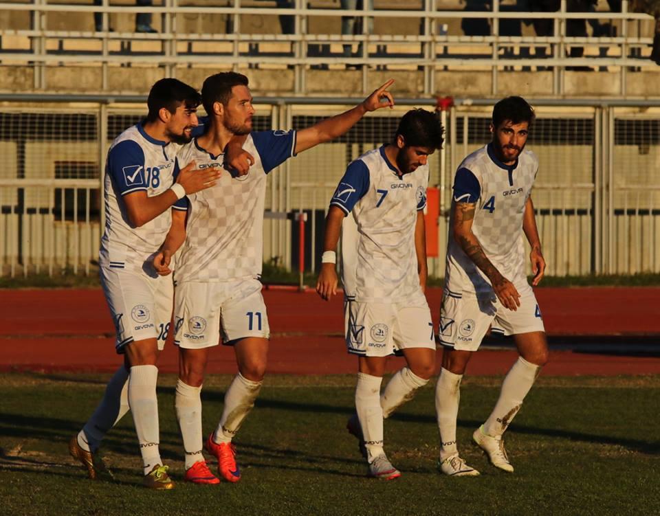 """Στον αγώνα μεταξύ """"συγγενών και φίλων""""-Ο Α.Ο.Κ. πολύ εύκολα διέλυσε τον Εορδαϊκό με (4-0) στο """"Ανθή Καραγιάννη"""""""