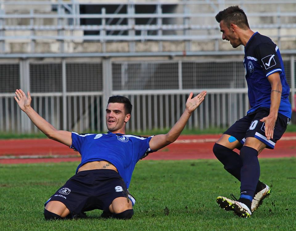 """Εύκολη νίκη για τον Α.Ο.Κ. επί του Καμπανιακού με σκορ (2-0) αφού και πάλι έχασε ένα """"τσουβάλι"""" γκολ"""