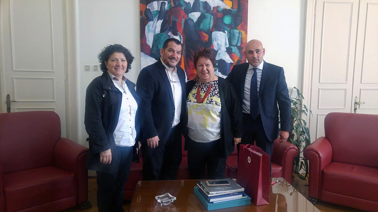 Το Δημαρχείο Καβάλας και την Αντιπεριφέρεια επισκέφθηκε ο «χρυσός» Ολυμπιονίκης Πύρρος Δήμας