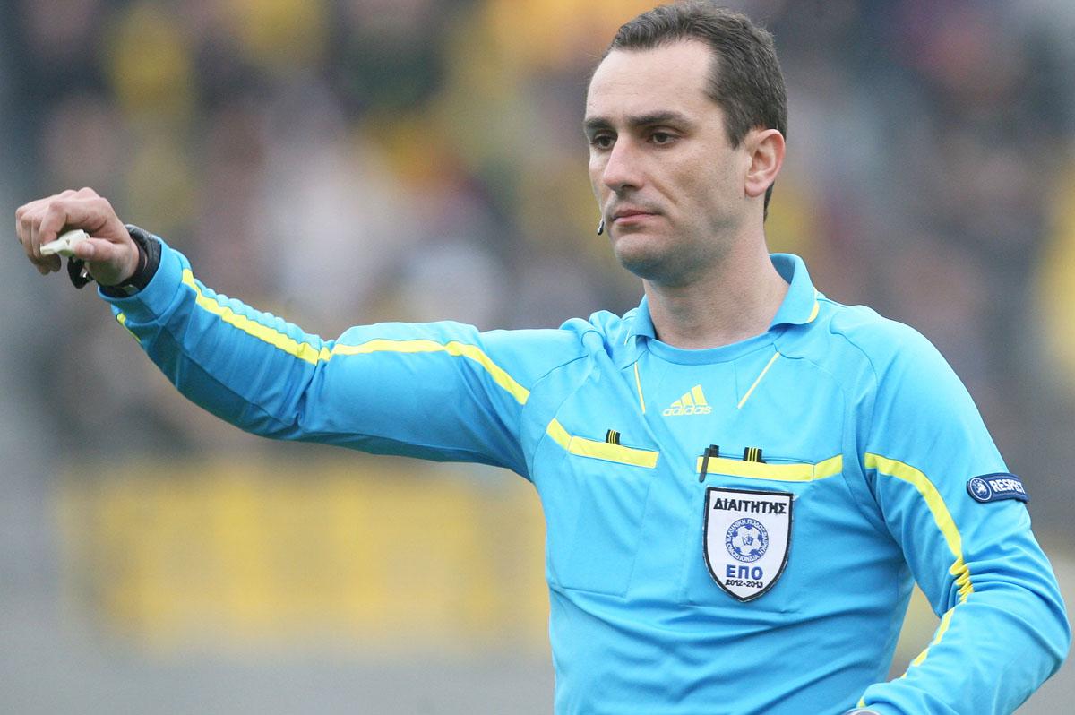 Super League: Τσεκούρι στους διαιτητές-Εκτός Μάνταλος, Στυλιάρας και άλλοι 8 πρωτοκλασάτοι, μόνος «Θρακιώτης» ο Κουμπαράκης