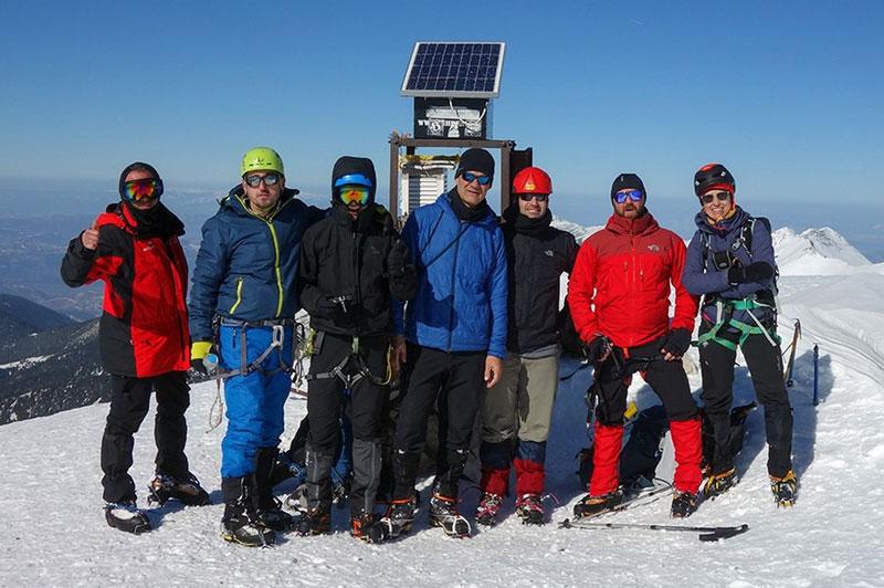 Ο ΕΟΣ Καβάλας και ο Σ.Χ.Ο. Καβάλας με μεγάλη επιτυχία στην κορυφή Vihren (2914m) του Pirin